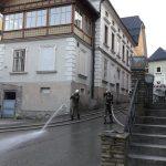 Dorfplatzwaschen03